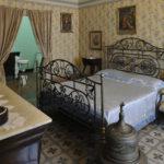 La camera da letto dei genitori del poeta, dove Gabriele D'Annunzio nacque nel 1863.